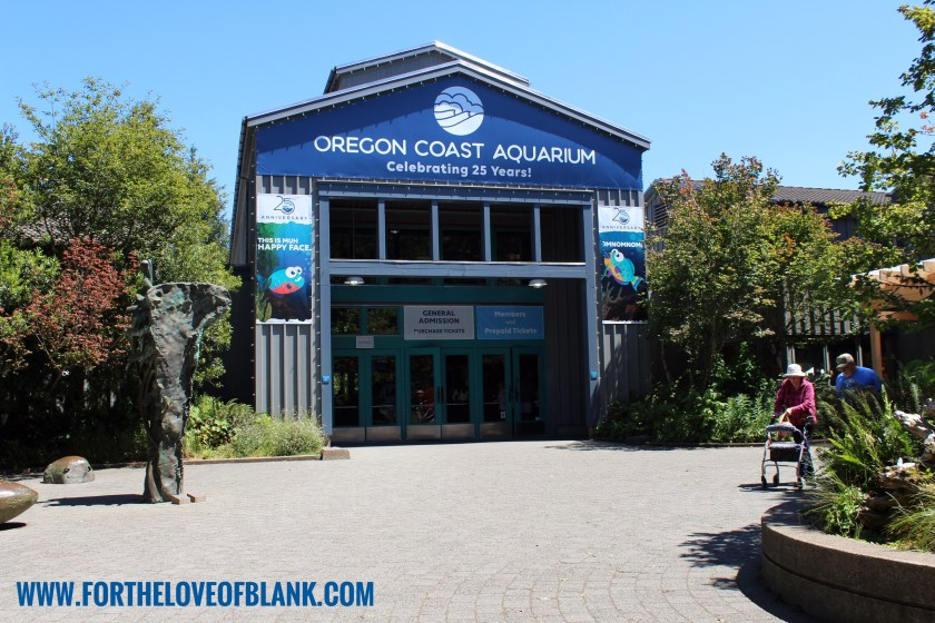 Such an amazing Aquarium located right along the Oregon Coast! The Oregon Coast Aquarium is filled with hundreds of types of sea life, this place is fun for the entire family!