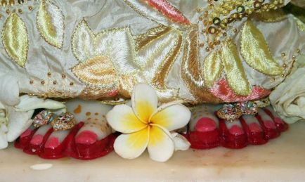 Radharani_feet