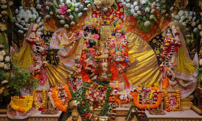 radha-shyamsundar-vrindavan-kartika-darshan-gopastami