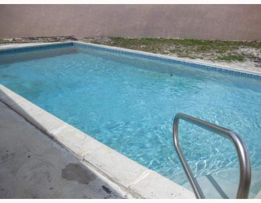 Fort Lauderdale Pool Home For Sale