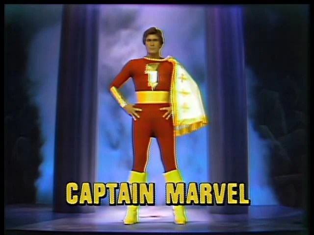 Captain_Marvel_Legends_of_the_Superheroes_001
