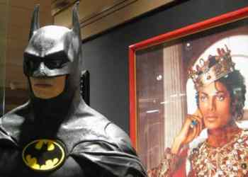 Michael Jackson's Batman Statue - This Is What MJ Looked Like As Batman