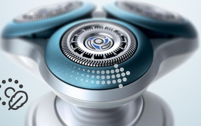 Philips Series 7000 Shaver-02