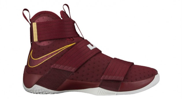 nike-lebron-zoom-soldier-10-christ-the-king