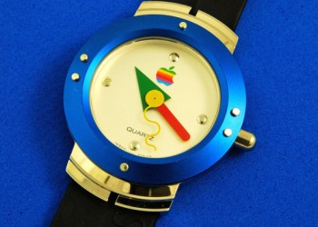 You Won't Believe How Fugly The First Apple Watches Were