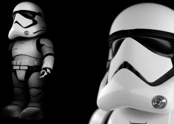 UBTECH Star Wars First Order Stormtrooper Robot Review