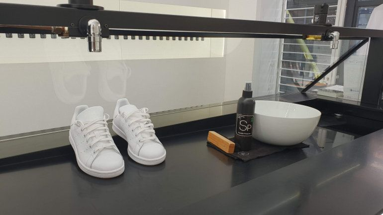 Sneaker Lab – On The Go Cleaning For Your Sneaker Maintenance