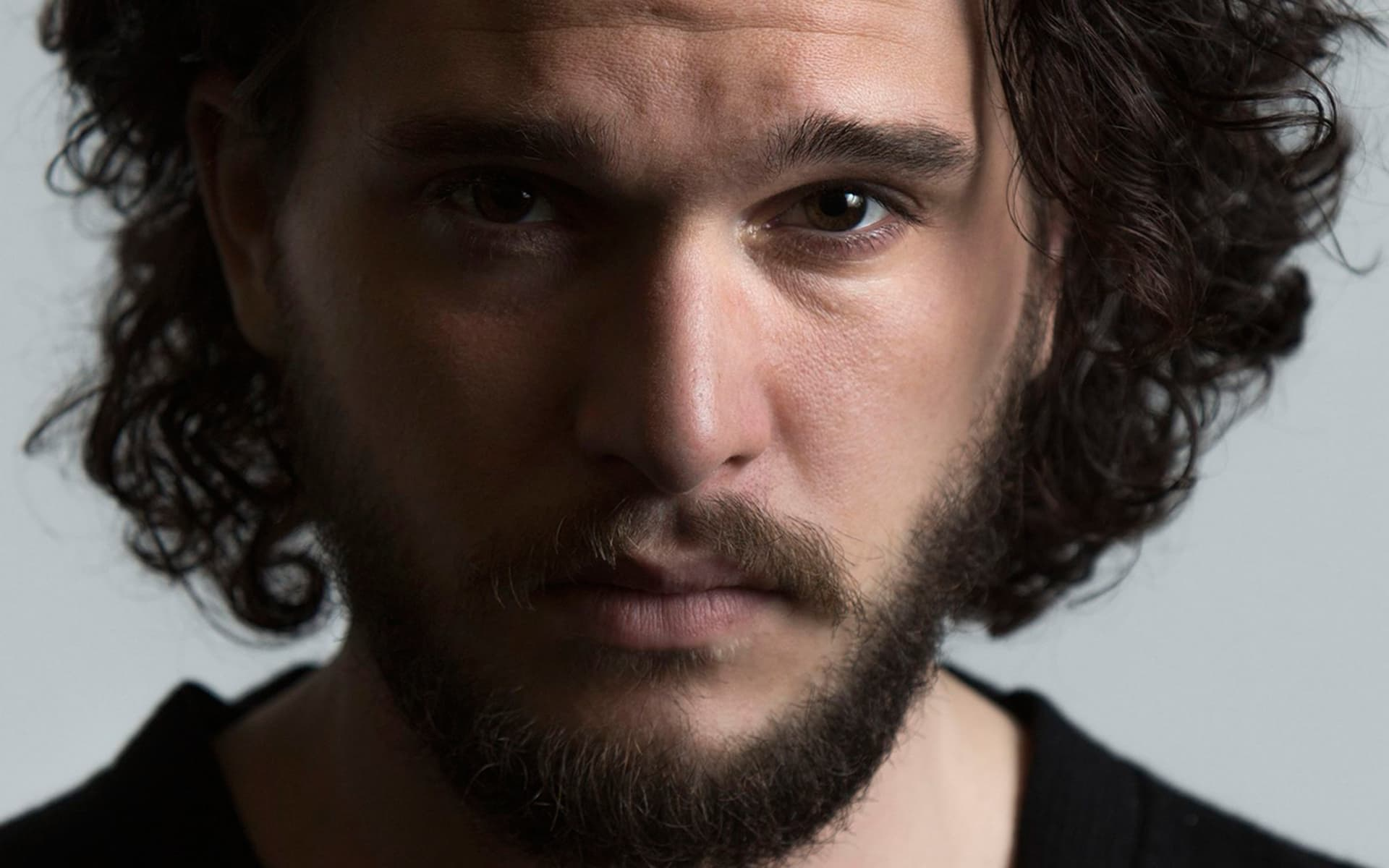 Kit Harington Is The Logical Choice For The Next Batman