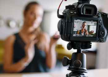 Top 6 Vlogging Cameras For Creating Videos