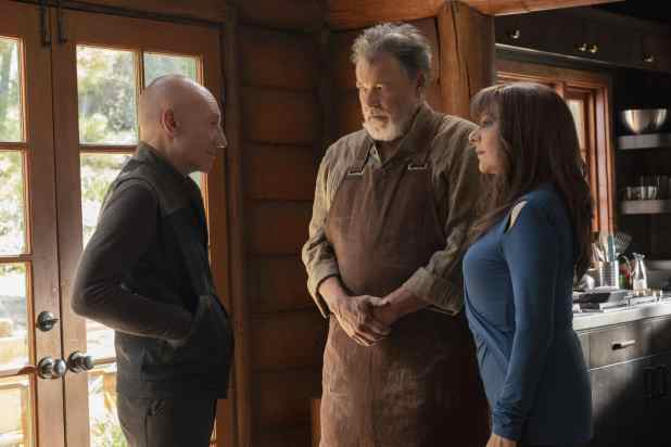 Picard-Riker-and-Troi