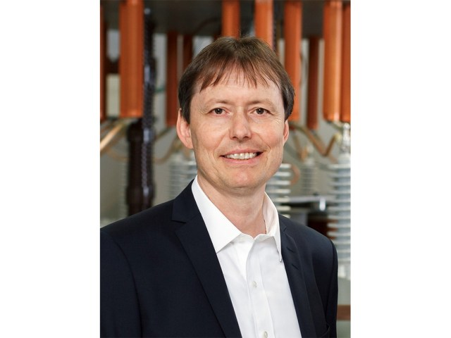 Dr. Thomas Schoepf