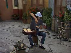 O violão do Seu Madruga