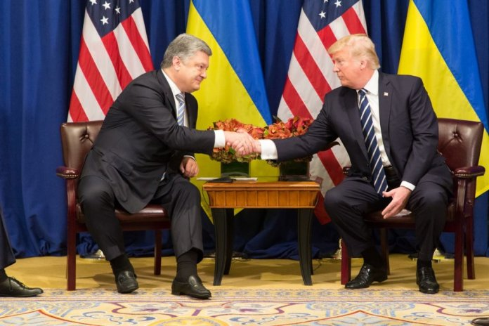 Трамп предупредил Украину: следует хорошо обходиться с американскими компаниями