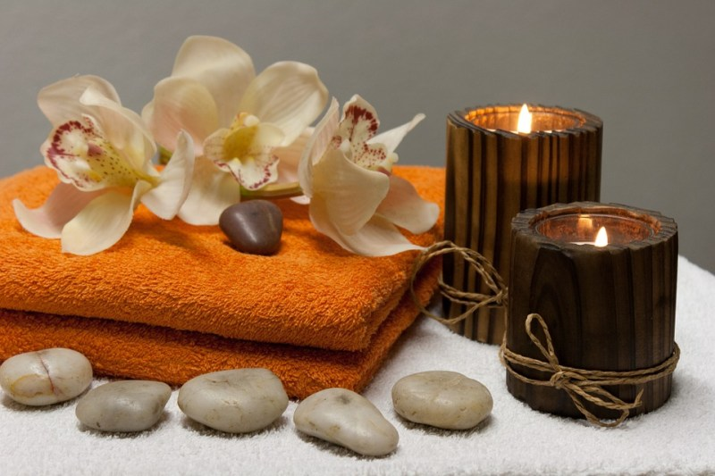 towels and candels