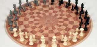 three_player_chess_board.jpg