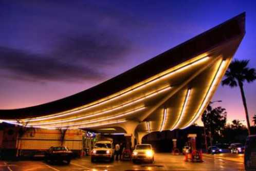 how to get from la union station to lax airport