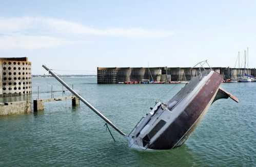 sinking boat 8