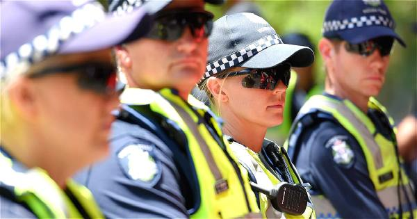 victoria police in racist email scandal newscomau - 1200×630