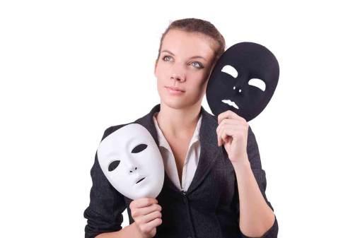Masker op, of zijn wie je bent?