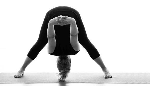 Fit door yoga