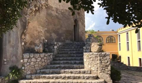 """""""Lo sapevate che?…"""", rubrica dell'associazione """"Ridiamo vita al Castello"""": Secolo duro fu il XIV per Nocera e il suo Castello, come del resto per tutta l'Italia, dove le lotte per […]"""
