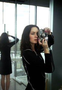 emily-blunt-with-a-contax-g2