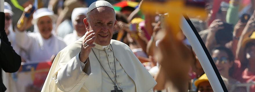 La TV chilena y el Papa Francisco: el fin de las relaciones públicas
