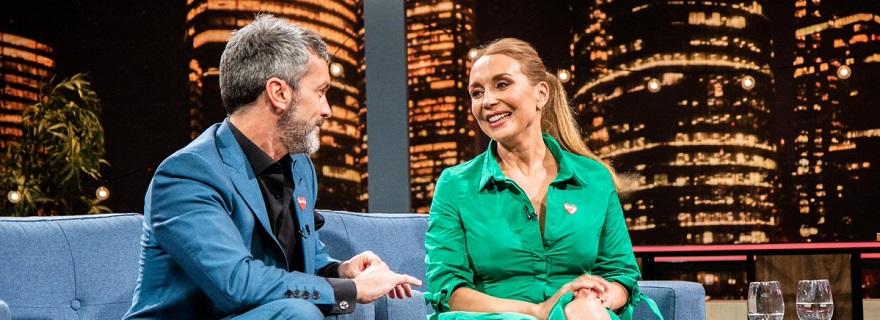 """¡Porque el público lo pidió!: Karen Doggenweiler vuelve a la conducción de """"No Culpes a la Noche"""" esta semana"""