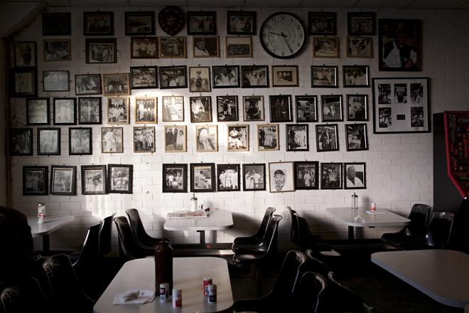billingsgate_emptycafe