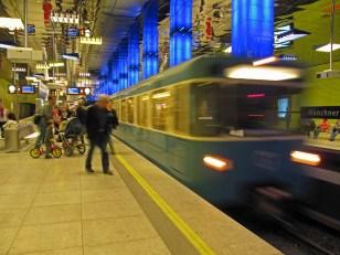 U-Bahn Station Münchener Freiheit - Heinz