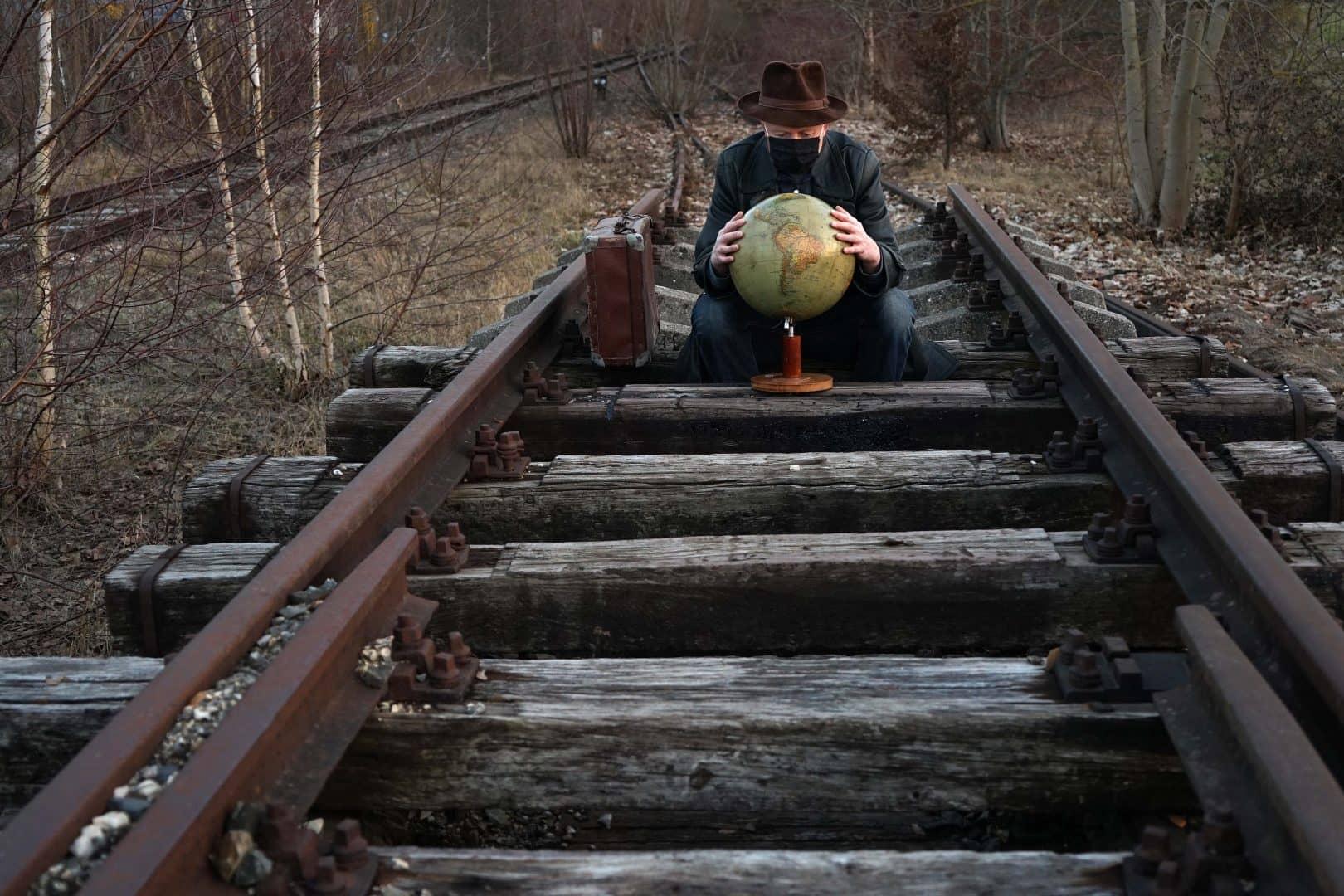 es fährt ein Zug nach Nirgendwo - von Karl Eißner