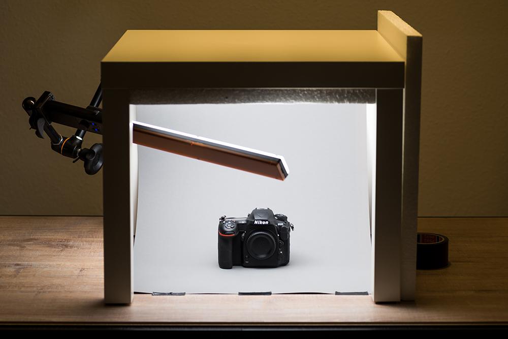 YN360 als Beleuchtung für eine Produktaufnahme