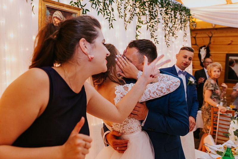 Marta + Włodek | Reportaż ślubny w Karniewie