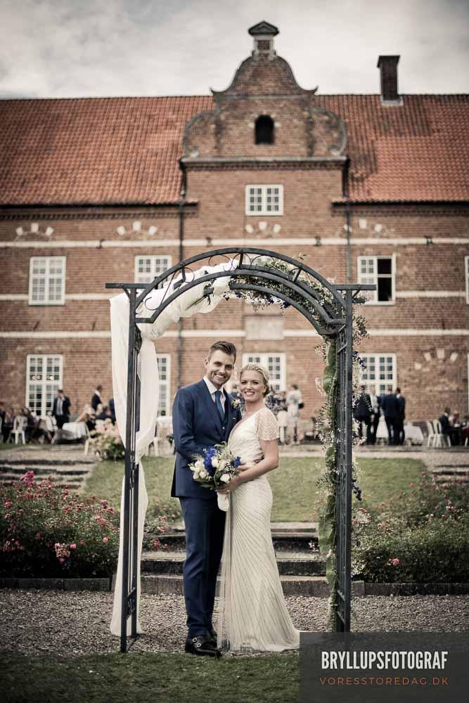 en dygtig bryllupsfotograf Herning