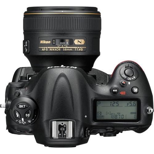 Uma visão de cima da Nikon D4s