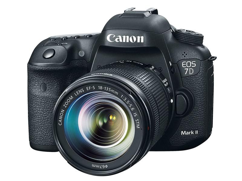 Canon 7D Mark II finalmente chegou