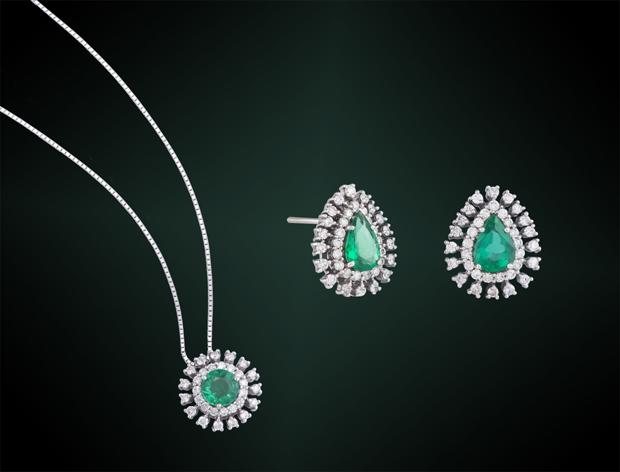 Duas jóias em uma única imagem