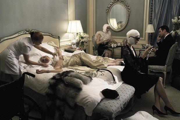 """""""Makeover Madness"""", Vogue Italia, Julho de 2005, por Steven Meisel."""