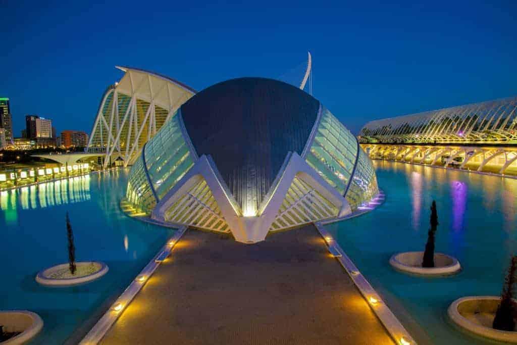 Foto stedentrip Valencia Blauwe kwartiertje vij Stad van de KUnst en Wetenschappen