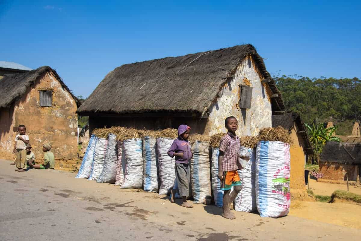 Fotoreis Madagaskar Ambalavao huisje