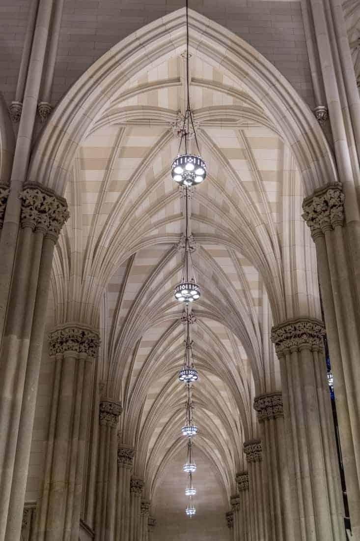 Fotoreizen New York kerkinterieur