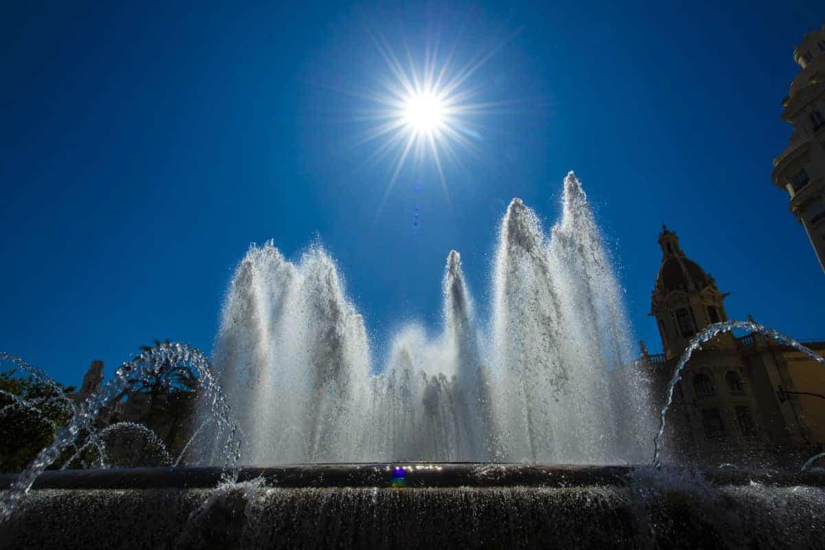 Fotoreizen Valencia fontein plaza de ayuntamiento