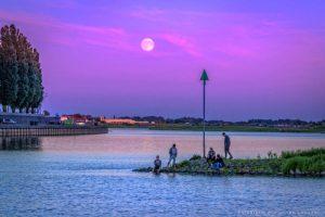 volle-maan boven de Rijn