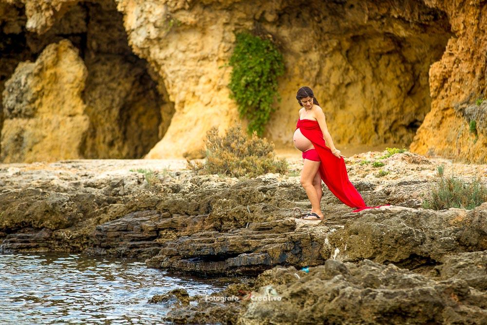 Fotografo Gravidanza Bari Fotografia Maternità sulla spiaggia di Polignano
