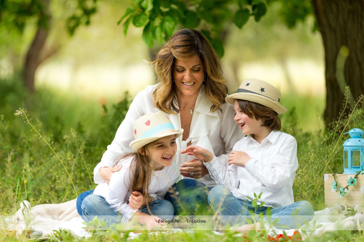 fotografo bambini neonati mamma figlio figli servizio fotografico