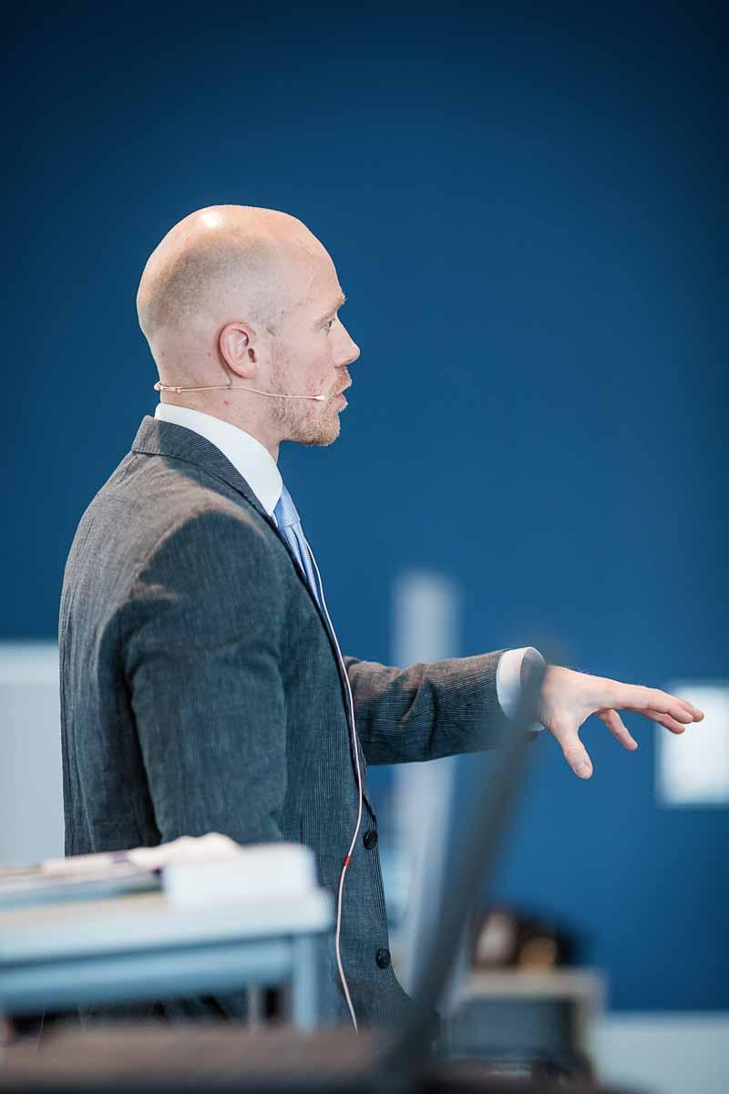 taler Odense ved konference og housewarming