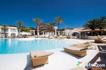 Destino Pacha Ibiza Hotel