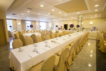Lateral salón de bodas