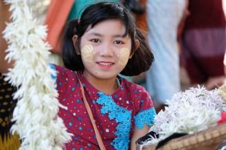 Mladá prodavačka, Mandalaj