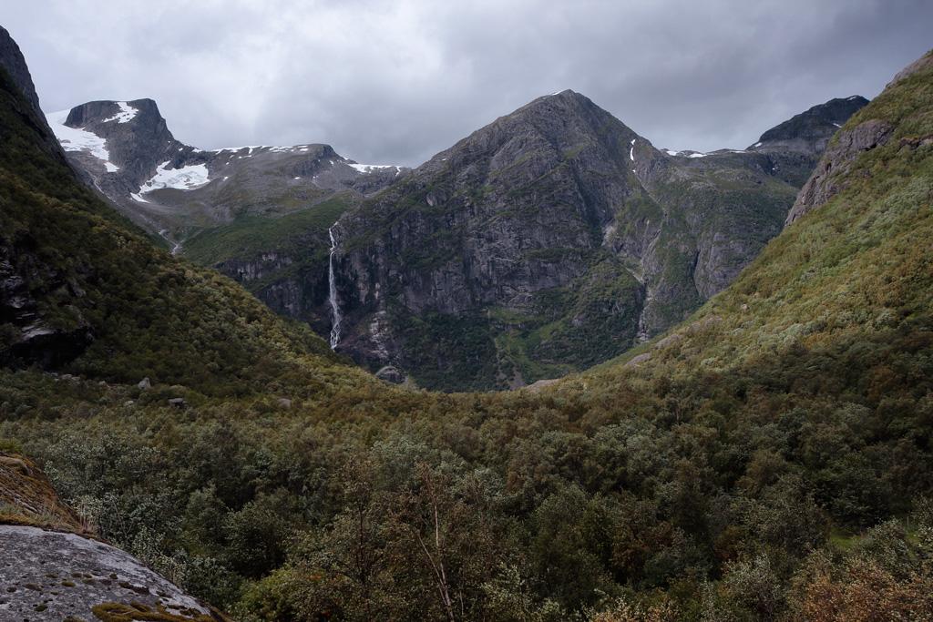 Briksdal mountains
